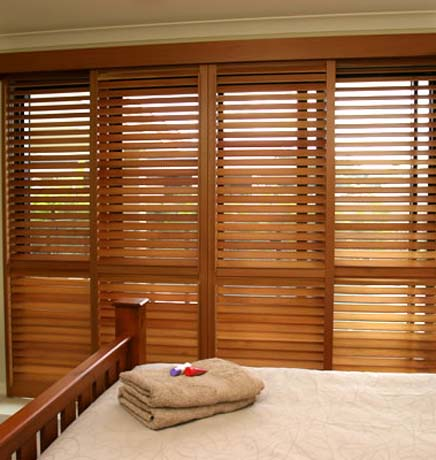 Fixed Louvered Closet Doors & Toronto Mississauga Blinds Drapery Shutters Windows Coverings ...
